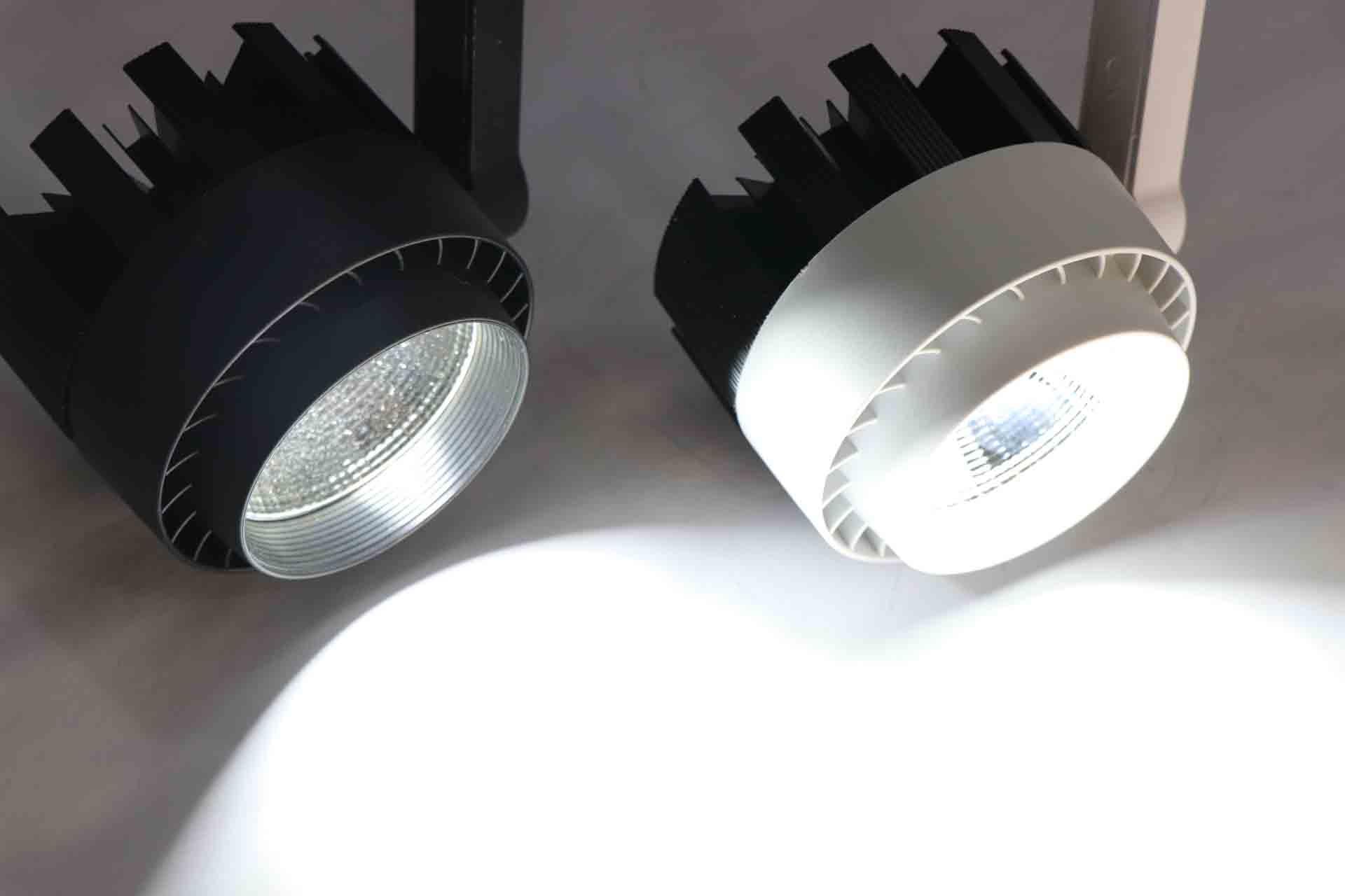 Nên chọn mua đèn led rọi ray Đà Nẵng ở đâu?