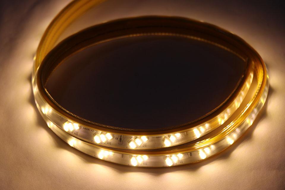 2 loại đèn led dây trang trí trần thạch cao tốt nhất hiện nay