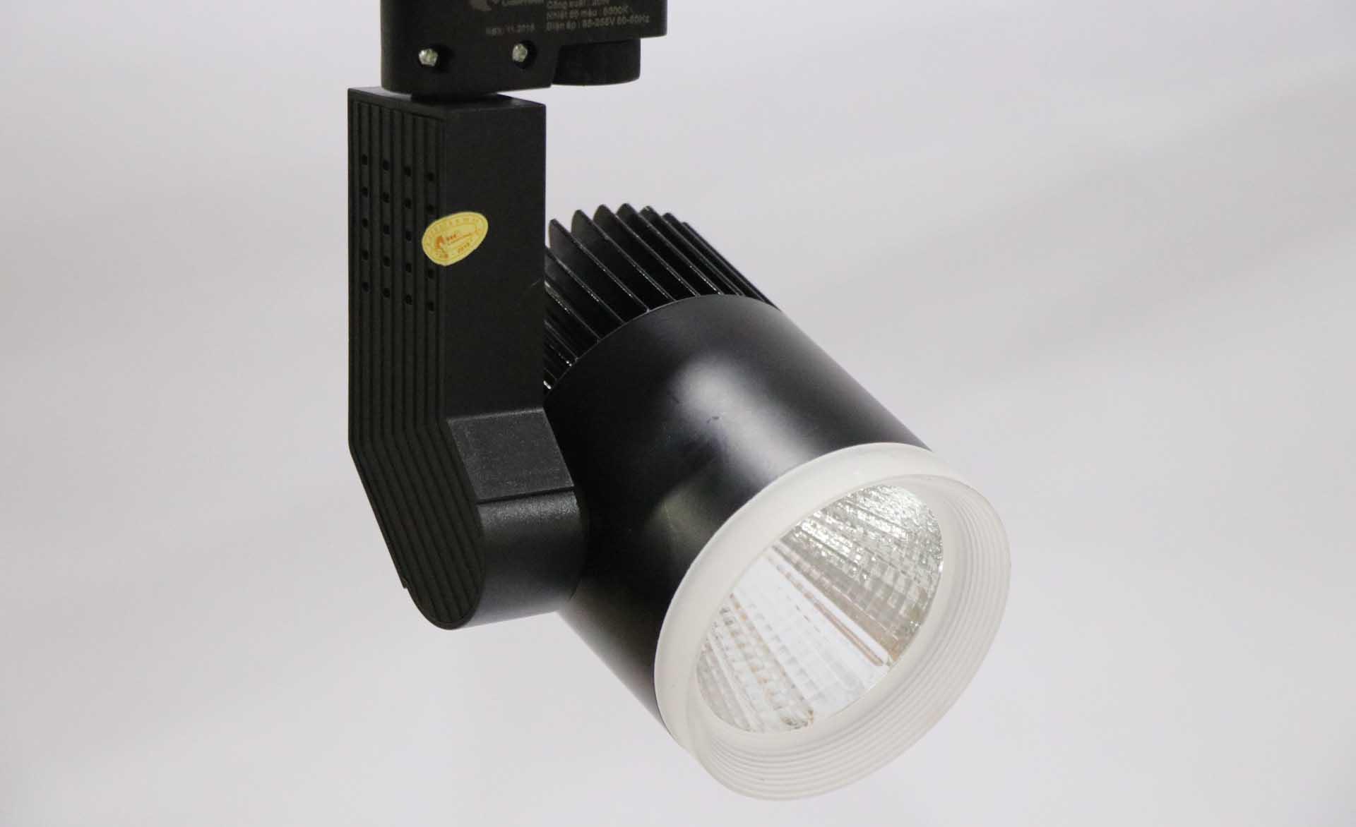 đèn rọi ray cao cấp vỏ đen