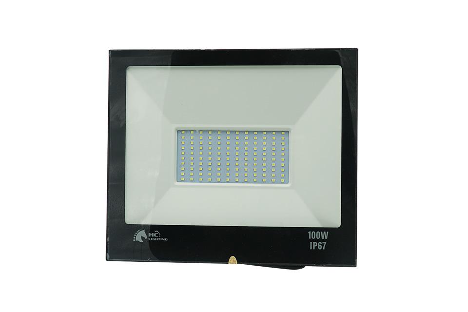 Đèn LED – thiết bị chiếu sáng tốt nhất cho phòng thể dục trường học