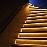 đèn hắt tường trang trí cầu thang