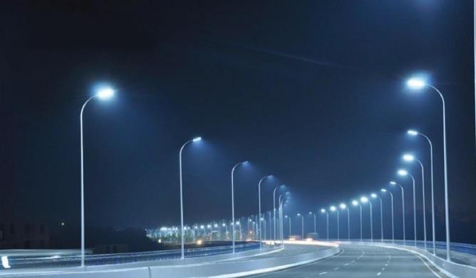 Sự khác biệt của đèn led chiếu sáng đường phố so với các loại đèn thế hệ cũ