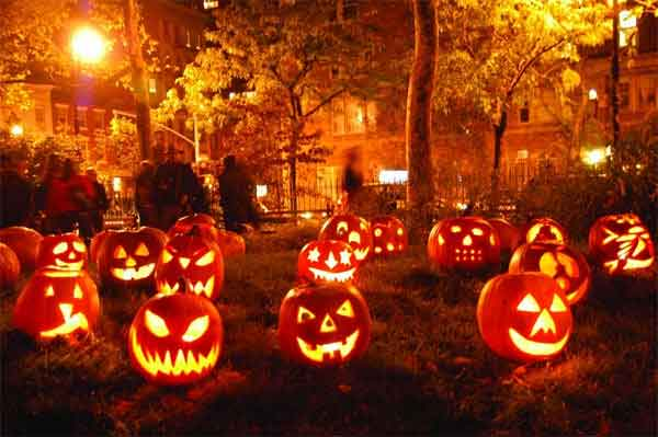 Ý tưởng trang trí Halloween vui nhộn bằng đèn LED