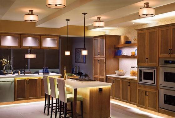 Đèn led chiếu sáng phòng bếp màu gì hợp lý?