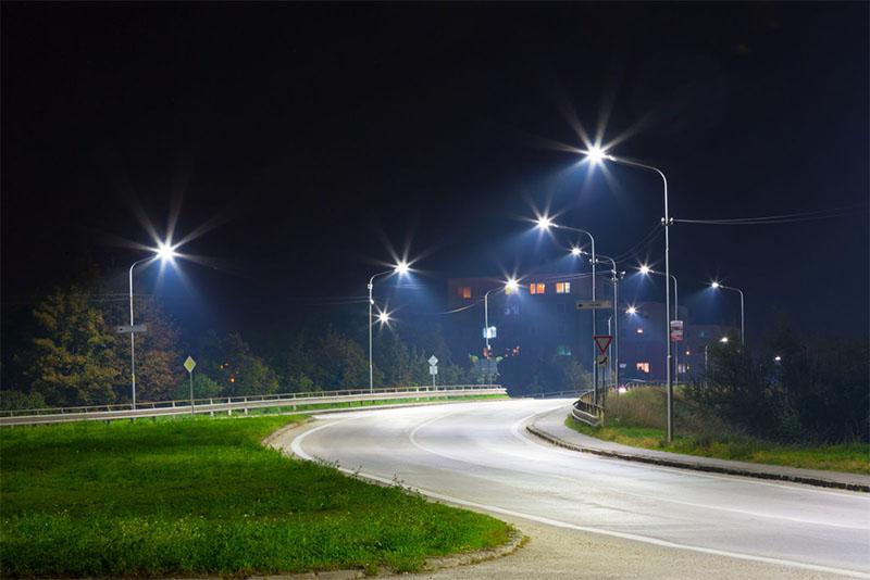Những lưu ý khi sử dụng đèn đường LED chiếu sáng ngoài trời