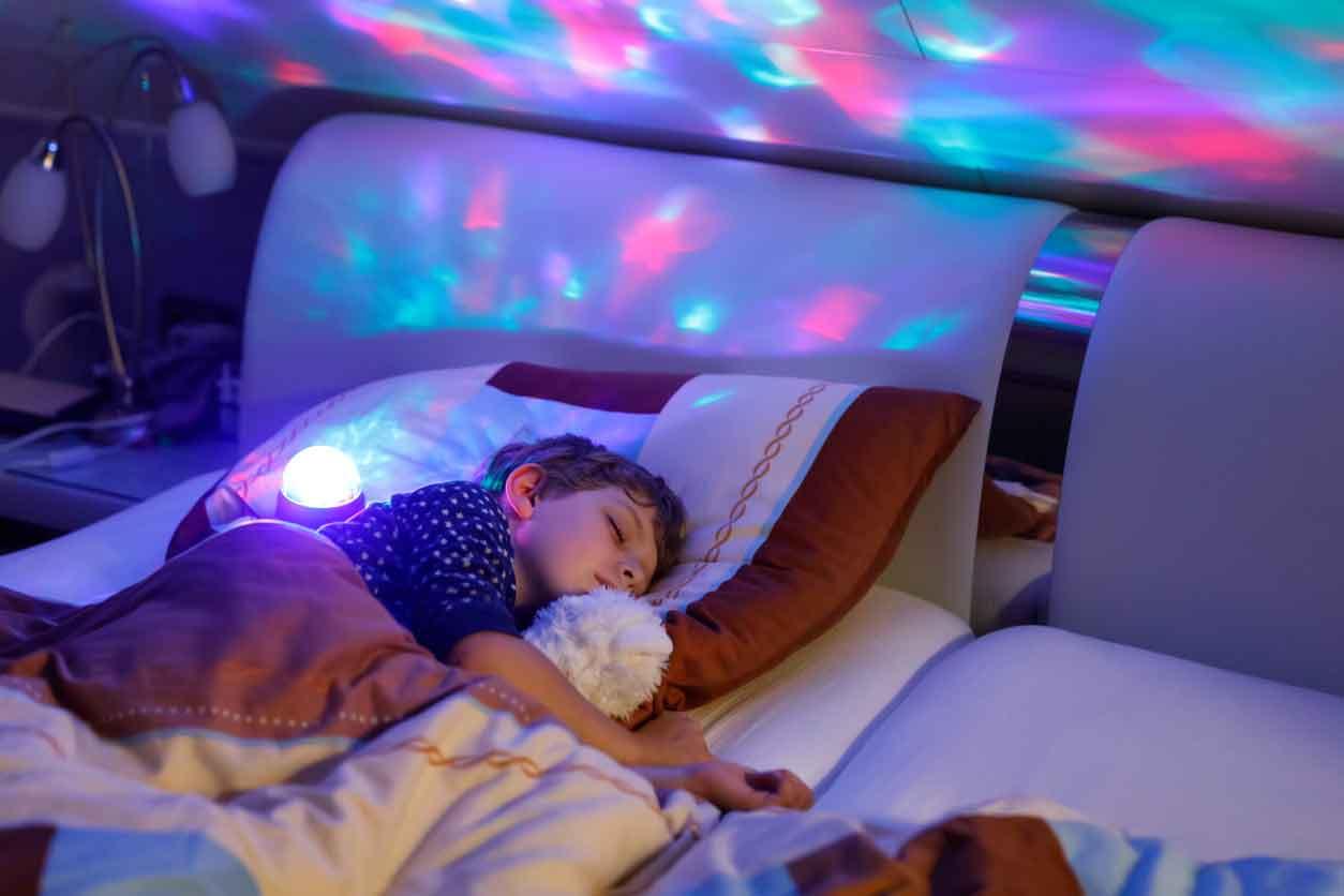 Ánh sáng xanh tác động xấu đến sức khỏe của con người và trẻ em