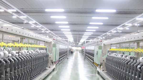 đèn led chiếu sáng nhà xưởng