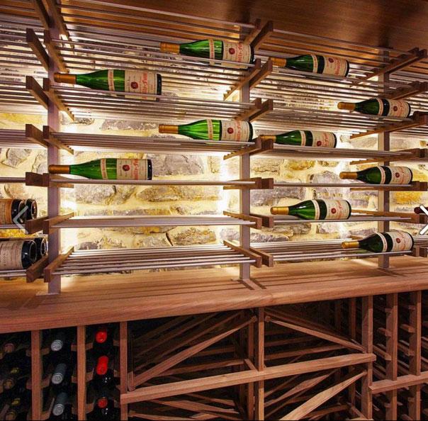 Trang trí tủ rượu bằng đèn led, tại sao không